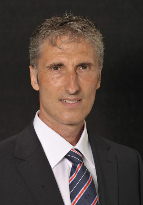 Peter Zahner, EMBA UZH Alumnus und CEO der ZSC Lions Betriebs AG, im Interview mit der NZZ